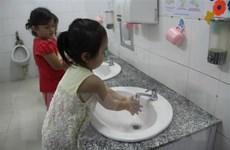 Kiểm tra đột xuất phòng chống dịch bệnh ở một số trường mầm non
