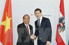 Thủ tướng Nguyễn Xuân Phúc hội đàm với Thủ tướng Áo