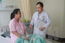 Cắt bỏ khối u nang buồng trứng ''khủng'' phát triển cùng thai nhi