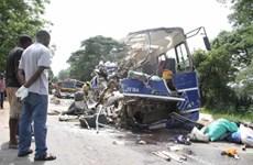 Tai nạn xe buýt kinh hoàng tại Zimbabwe, gần 50 người thiệt mạng