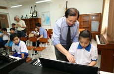 Phát triển Âm nhạc học đường: Chiến lược bắt đầu từ con người