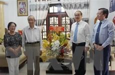 Lãnh đạo Thành phố Hồ Chí Minh thăm, chúc mừng các nhà giáo tiêu biểu