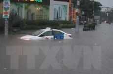 Hình ảnh Thành phố Hồ Chí Minh ngập trong biển nước vì mưa lớn