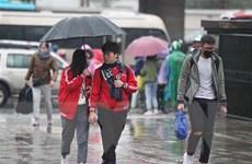 Mưa trải khắp cả nước do ảnh hưởng của hoàn lưu bão số 1