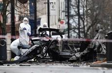 Cảnh sát Bắc Ireland bắt giữ hai nghi phạm trong vụ đánh bom xe