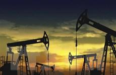 Giá dầu thị trường châu Á giảm 0,4% trong phiên sáng đầu tuần