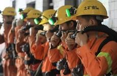 Xe buýt chở công nhân lao xuống một hầm mỏ, 50 người thương vong