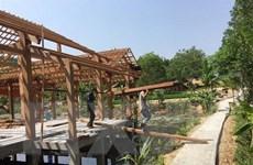 Tháo dỡ khu nghỉ dưỡng trái phép trong rừng phòng hộ ở Quảng Nam