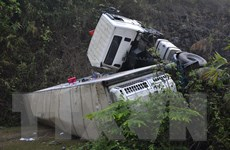Lại xảy ra lật xe container, dốc Nà Lơi thành ''điểm đen'' tai nạn
