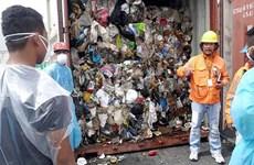 Philippines dọa sẽ chuyển trả Canada hơn 100 container rác