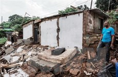 Hơn 40 người chết và mất tích do lũ lụt và lở đất tại Nam Phi