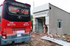 Kiên Giang: ''Chuyên cơ mặt đất'' bất ngờ đâm vào nhà dân