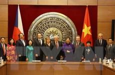 Việt Nam-Séc nỗ lực hơn nữa để mở rộng quan hệ hợp tác kinh tế