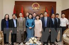 Phó Chủ tịch nước thăm Đại sứ quán Việt Nam tại UAE