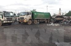 Mất khoảng ba ngày để thu hết rác tồn đọng trên địa bàn Hà Nội