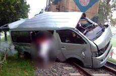 Bangladesh: Tàu hỏa đâm ôtô đám cưới, cô dâu và chú rể chết tại chỗ