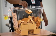 Malaysia sửa đổi Hiến pháp nhằm giảm độ tuổi của cử tri