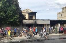Nghệ An: Cháy cửa hàng bán đồ tiêu dùng và ngôi nhà 2 tầng