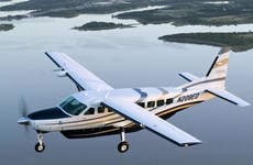 Thủy phi cơ chở chín người gặp nạn tại ngoài khơi Canada