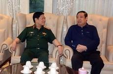 Bộ trưởng Bộ Quốc phòng thăm Đại tướng Phùng Quang Thanh