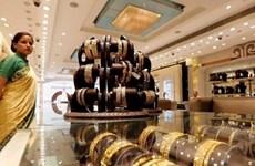 Mỹ áp thuế bổ sung lên hàng hóa Trung Quốc, giá vàng tăng gần 2%