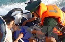 Quảng Bình: Tiếp nhận bảy thuyền viên gặp nạn trên biển