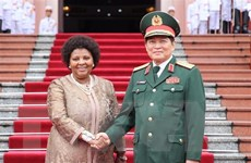Bộ trưởng Bộ Quốc phòng Nam Phi thăm chính thức Việt Nam