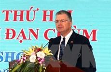 Đại sứ Hoa Kỳ viếng Nghĩa trang Liệt sỹ Quốc gia Trường Sơn