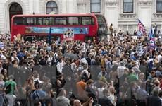 Biểu tình trên khắp Anh phản đối kế hoạch tạm ngưng Quốc hội