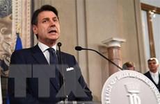 Chính phủ liên minh ''vàng-đỏ'' của Italy tuyên thệ nhậm chức
