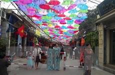Du lịch làng nghề Hà Nội - tiềm năng còn ''ngủ yên''