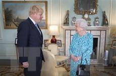 Nữ hoàng Anh Elizabeth II khó tránh xa ''rắc rối'' Brexit