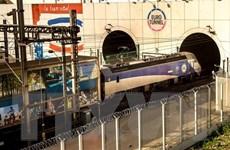 Pháp cam kết đảm bảo giao thông ổn định qua đường hầm Eurotunnel