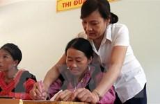 Cô giáo góp phần thay đổi cuộc sống của đồng bào Mông ở Hang Kia