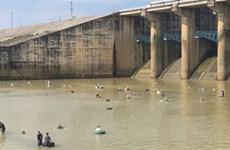 Đỉnh lũ sông Đồng Nai vượt báo động 3, Thủy điện Trị An dừng xả tràn