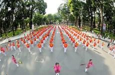 TP.HCM: Gần 3.000 người cao tuổi tham gia đồng diễn thể dục dưỡng sinh