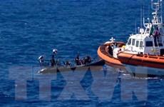 Lật thuyền chở người di cư khiến hàng chục người chết và mất tích
