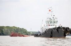 Vụ chìm tàu trên sông Lòng Tàu: Triển khai công tác trục vớt tàu