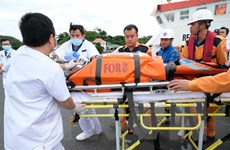 Khánh Hòa: Cứu nạn một thủy thủ Ấn Độ bất tỉnh trên biển