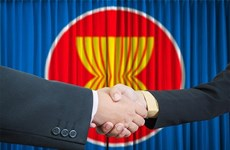 Khi ASEAN gắn chặt với chính sách thương mại châu Á