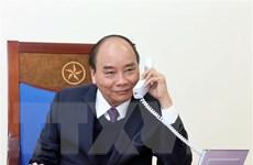 Thủ tướng Nguyễn Xuân Phúc điện đàm với Tổng thống Indonesia