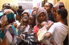 Hơn 100 người di cư trái phép tại Libya tự nguyện hồi hương