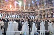 Ấm áp đám cưới tập thể tại Hàn Quốc thời ''bão'' nCoV