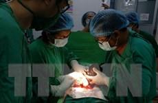 Phẫu thuật thành công cho bệnh nhi 18 giờ tuổi bị tắc ruột
