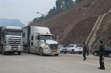 Tiếp tục tạo thuận lợi cho xuất khẩu hàng hóa qua biên giới