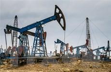 Giá dầu thế giới tăng khi dự trữ của Mỹ tăng thấp hơn dự kiến