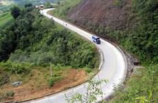 Thực hiện nhiều giải pháp bảo đảm an toàn giao thông trên đèo Lò Xo