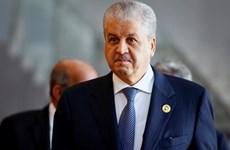 Algeria: Công tố viên đề nghị mức án 20 năm tù với hai cựu Thủ tướng