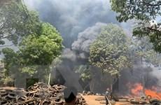 Bình Dương: Cháy ở bãi chứa lốp xe cũ rộng 3.000m2