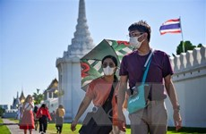 Cách người dân thủ đô Bangkok tri ân những chiến sỹ áo trắng
